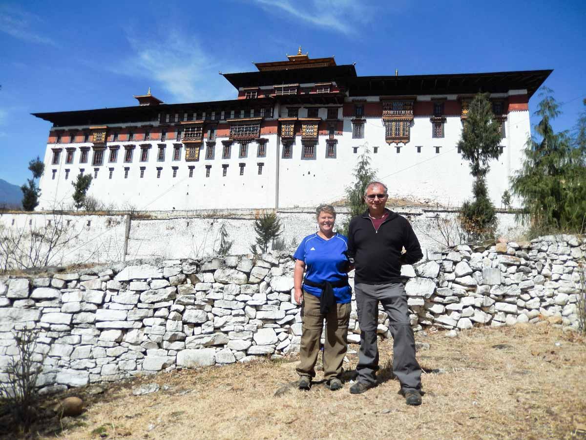 Nous, Domi et Titi, au Bhoutan lors de notre tour du monde dans notre page Notre tour du monde 2014-2015 de notre blog voyage S'offrir le monde