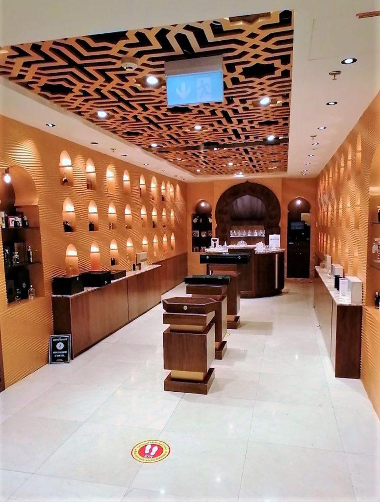 Shopping à Dubaï Mall le plus grand centre commercial au monde