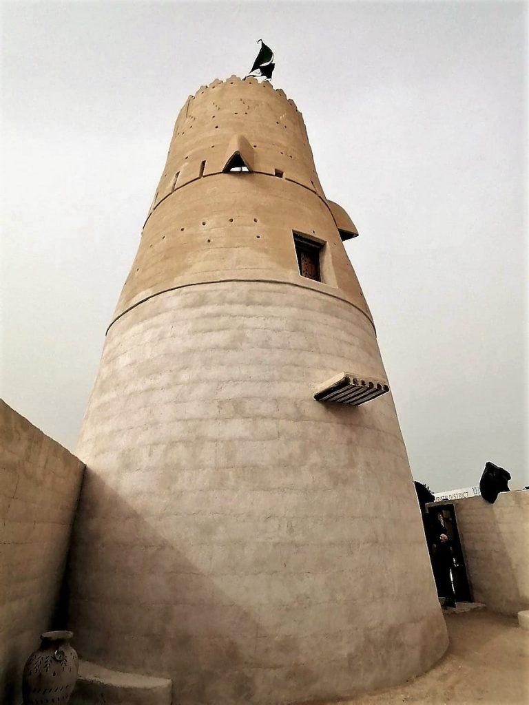 Al Jazirah Al Hamrah près de Ras Al Khaimah est réputé pour être hanté.