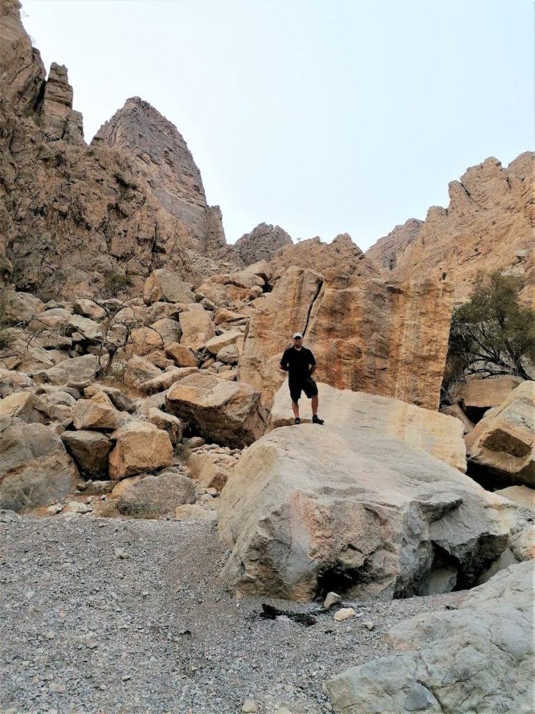Paradis pour les randonneurs, Wadi Naqab est réputé pour ces sentiers dans un cadre unique.