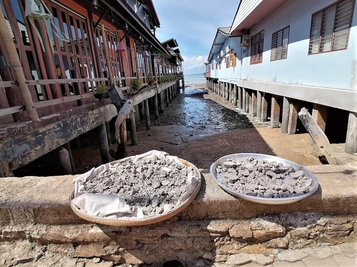 La marée basse ajoute un charme supplémentaire à Old Town