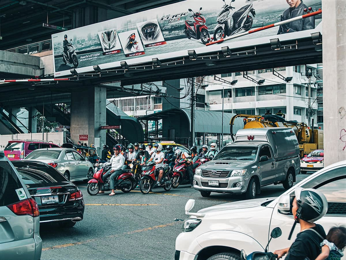 Les scooters sont nombreux, partout en Thaïlande